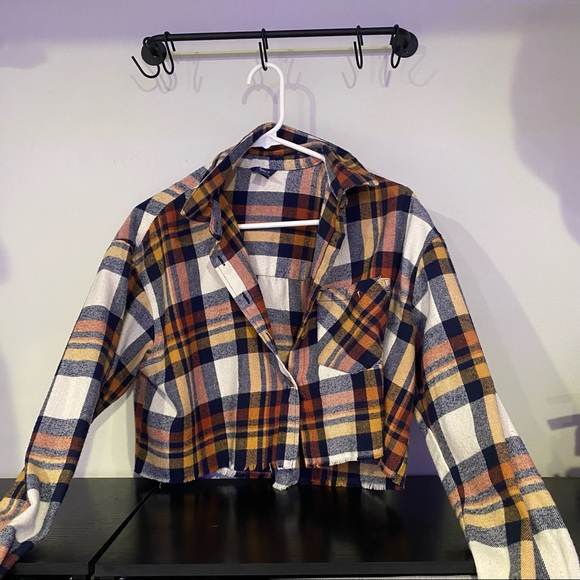 Long Sleeve Cropped Flannel